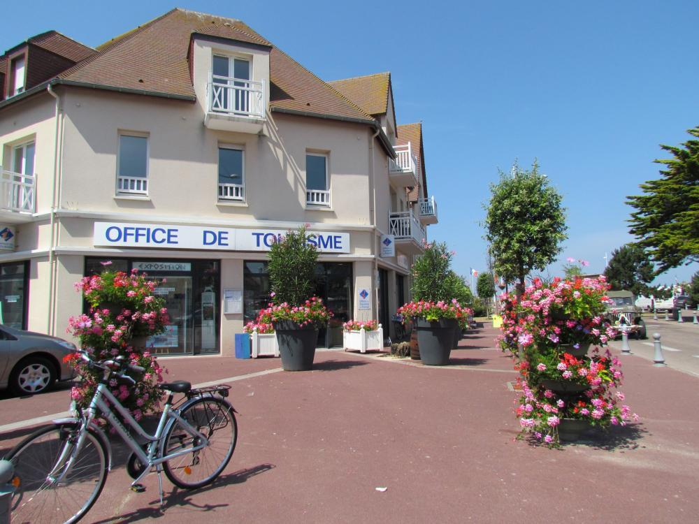 Photos office de tourisme de courseulles sur mer point - Office de tourisme bernieres sur mer ...