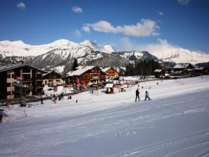 Station de ski de crest voland lieu de loisirs crest voland - Chambre d hote crest voland ...