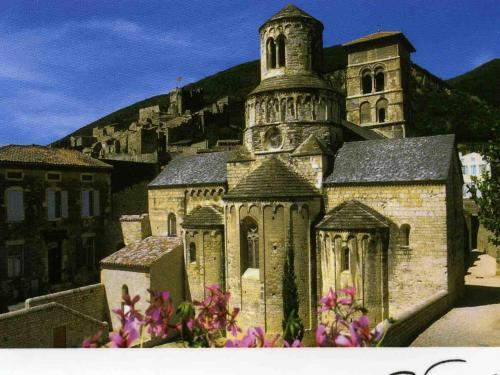 Cruas - Tourism, holidays & weekends guide in the Ardèche