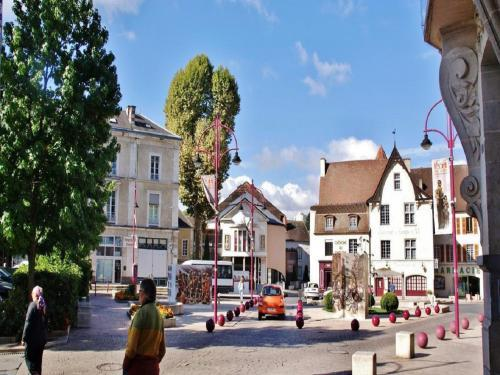 Cusset - Tourism, holidays & weekends guide in the Allier