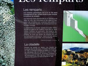 Information on the ramparts (© JE)