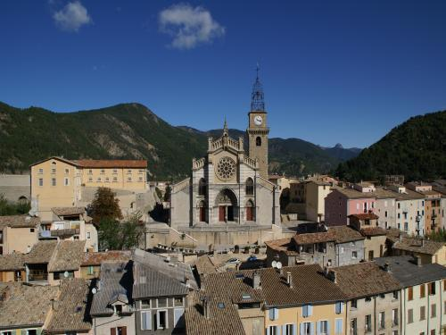 Digne-les-Bains - Tourism, holidays & weekends guide in the Alpes-de-Haute-Provence