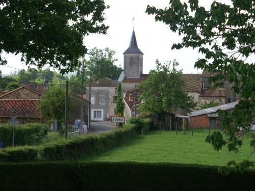 Écuras - Tourism, holidays & weekends guide in the Charente