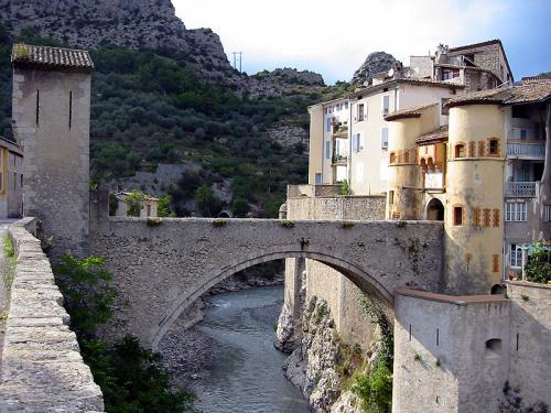 Entrevaux - Tourism, holidays & weekends guide in the Alpes-de-Haute-Provence