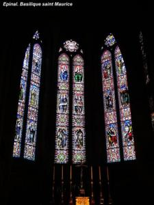 Stained glass windows of the basilica (© Jean Espirat)