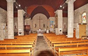 inside of Saint -Pierre- Saint- Paul church