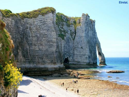 Étretat - Tourism, holidays & weekends guide in the Seine-Maritime