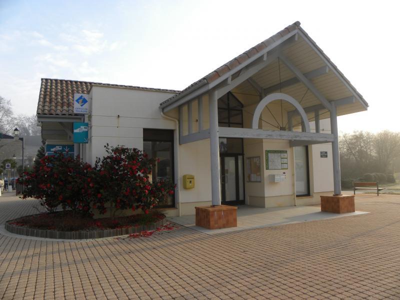 Office de tourisme d 39 eug nie les bains point information eug nie les bains - Office tourisme divonne les bains ...