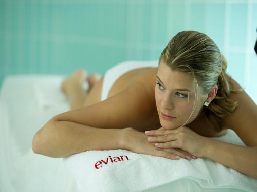 photos vian les bains guide tourisme vacances. Black Bedroom Furniture Sets. Home Design Ideas