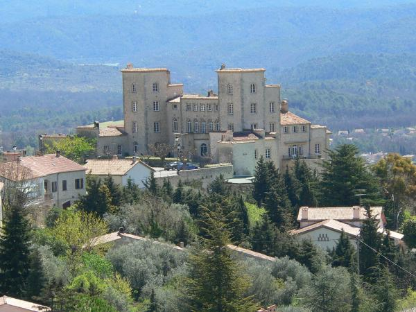 Fayence - Tourism, holidays & weekends guide in the Var