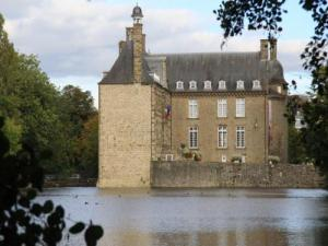 Flers Castle surrounded by ponds