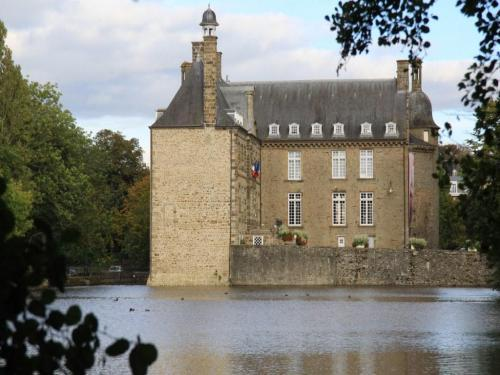 Flers - Tourism, holidays & weekends guide in the Orne