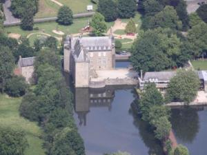 Flers Castle and park of 7 hectares in the heart of the city