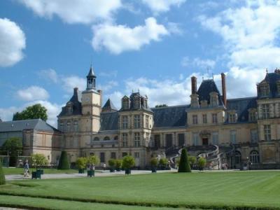 Fontainebleau tourisme vacances week end for Piscine fontainebleau