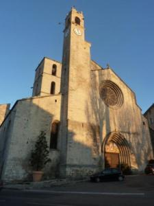 Cathedral of Bourguet (1155)