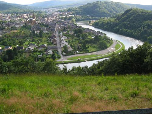 Fumay - Tourism, holidays & weekends guide in the Ardennes