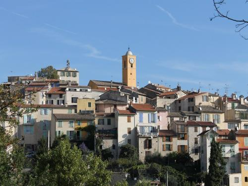 Gattières - Tourism, holidays & weekends guide in the Alpes-Maritimes