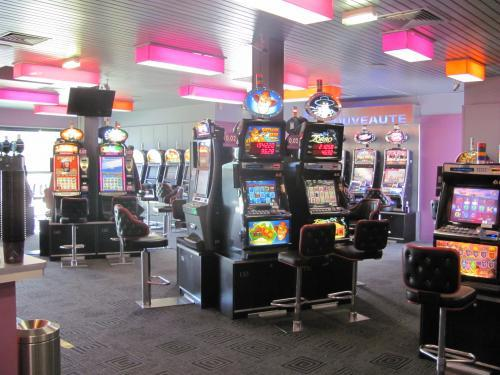 casino slots leisure centre