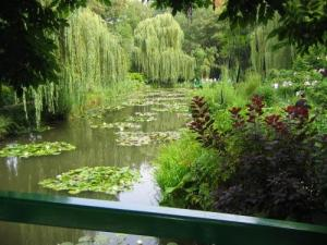 The pond in the gardens of Monet
