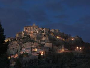 Gordes of night