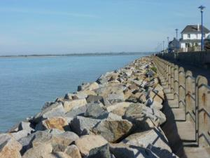 deemed the dike Promenade