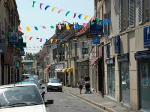 Herblay tourisme vacances week end - Piscine herblay ...