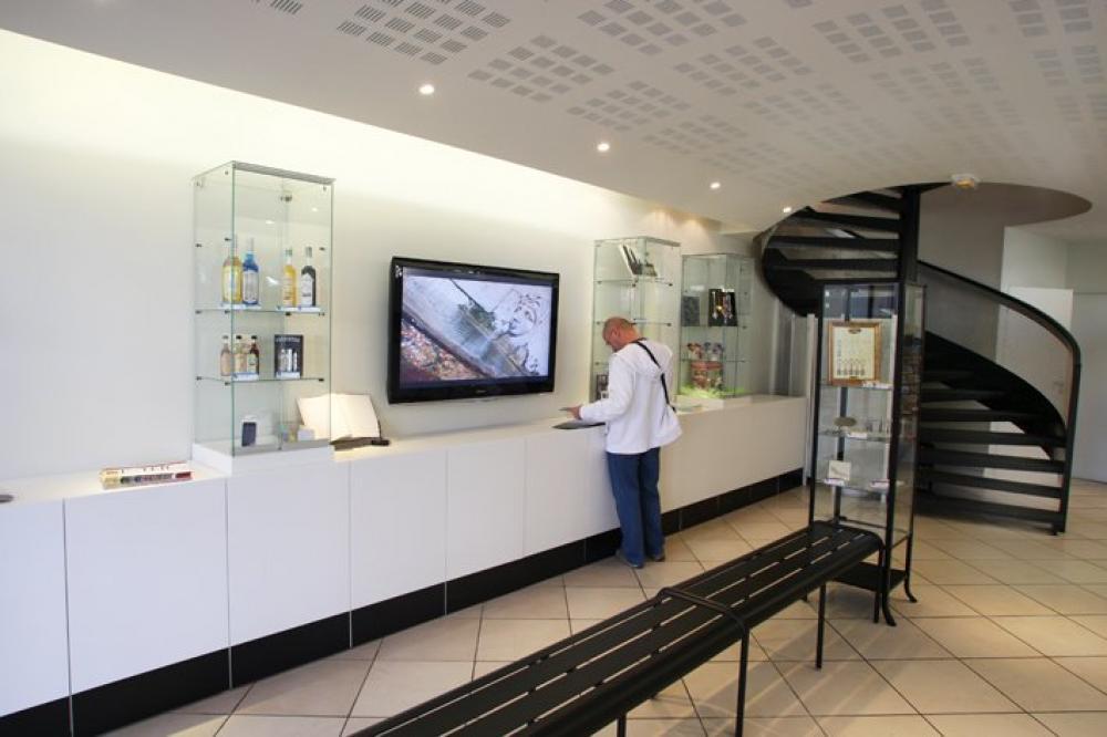 Photos office de tourisme d 39 istres point information istres - Office de tourisme istres ...