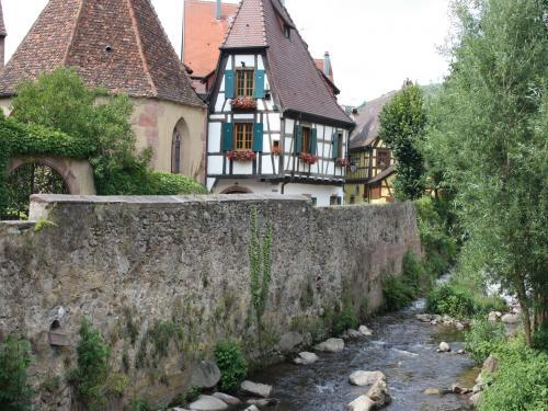 Kaysersberg - Tourism, holidays & weekends guide in the Haut-Rhin