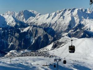 L 39 alpe d 39 huez guide tourisme vacances - Alpe d huez office de tourisme ...