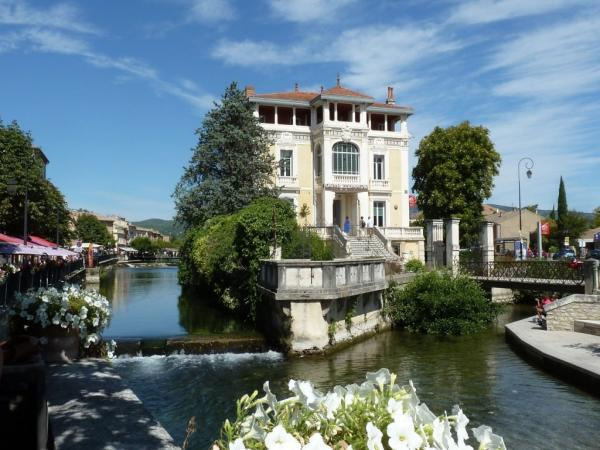 L'Isle-sur-la-Sorgue - Tourism, holidays & weekends guide in the Vaucluse