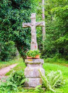 Cross of path, under the Great Hohnack (© J.E)