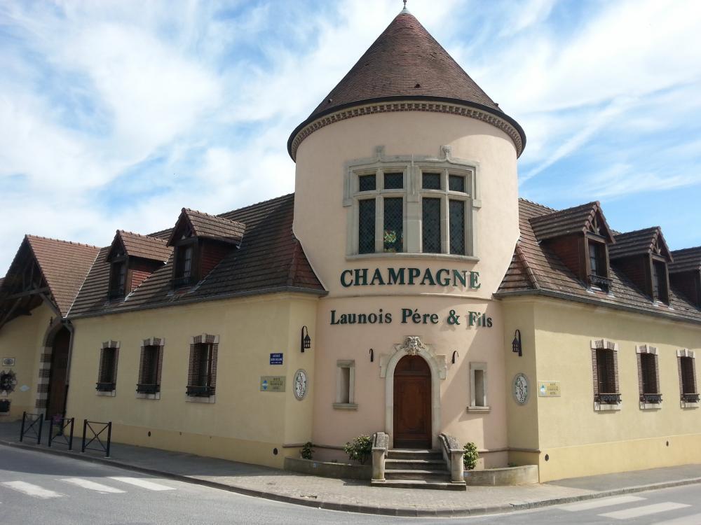 Photos le mesnil sur oger tourisme vacances week end for Champagne delamotte brut prix