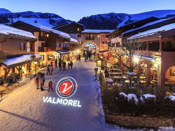 Les avanchers valmorel tourisme vacances week end for Valmorel piscine spa