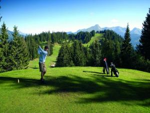 Golf 18 trous (© N. Joly)