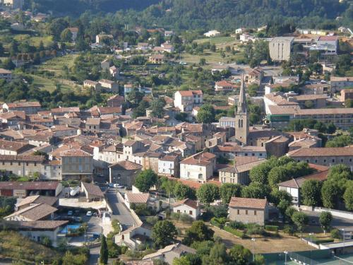 Les Vans - Tourism, holidays & weekends guide in the Ardèche