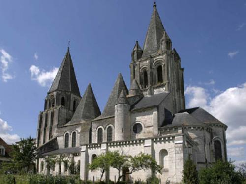 Collegiate Church Saint-Ours - Monument in Loches
