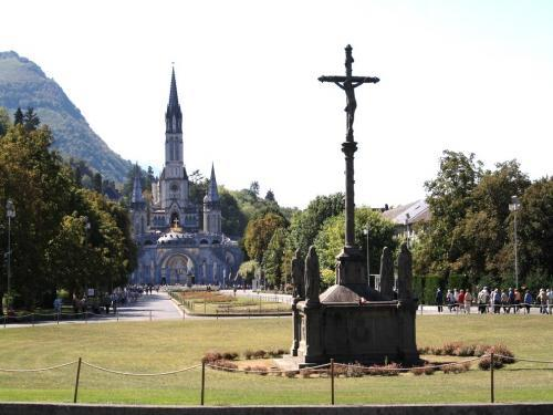 Lourdes - Basilica of the Rosary and the Immaculate Conception