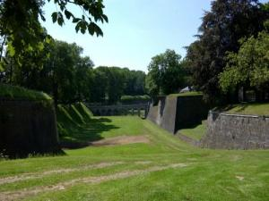 The ramparts, overlooking the moat and stone bridge