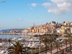 City of Menton (© J.E)