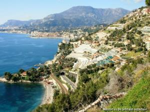 View on Menton (© J.E)