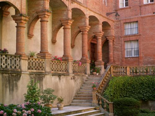 Montauban - Tourism, holidays & weekends guide in the Tarn-et-Garonne