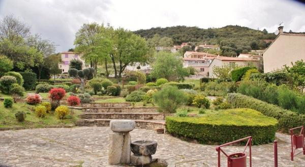 Montbolo - Tourism, holidays & weekends guide in the Pyrénées-Orientales