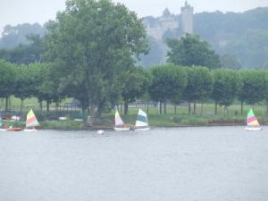 Sailing on the lake and chateau du Plessis