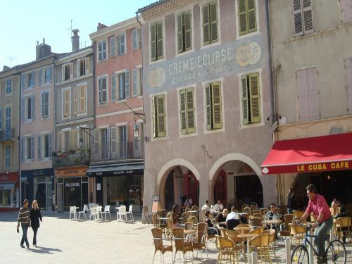 Montélimar - Tourism, holidays & weekends guide in the Drôme