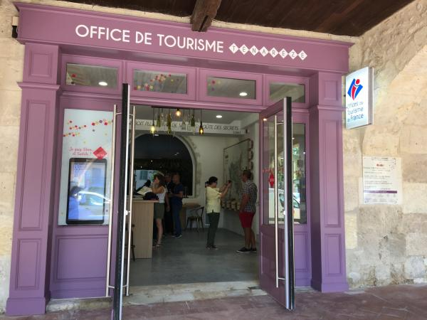 Office de tourisme de montr al du gers point information montr al - Office du tourisme de montreal ...