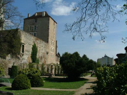 Moulins - Tourism, holidays & weekends guide in the Allier