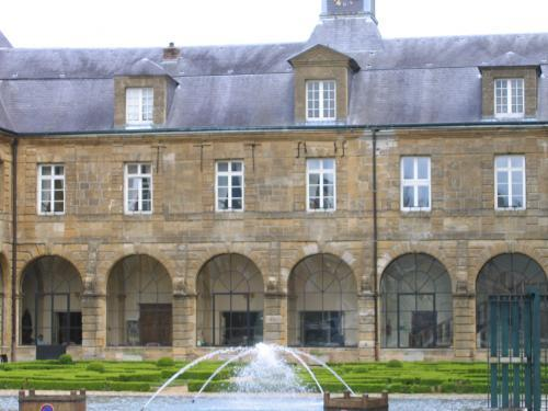 Mouzon - Tourism, holidays & weekends guide in the Ardennes