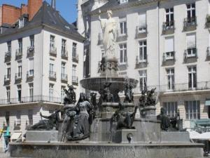 Fontaine place Royale
