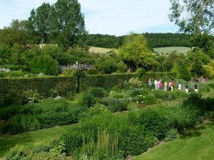 Visit of the garden Presle