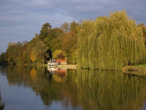 Photos nogent sur seine tourisme vacances week end - Piscine de nogent sur seine ...